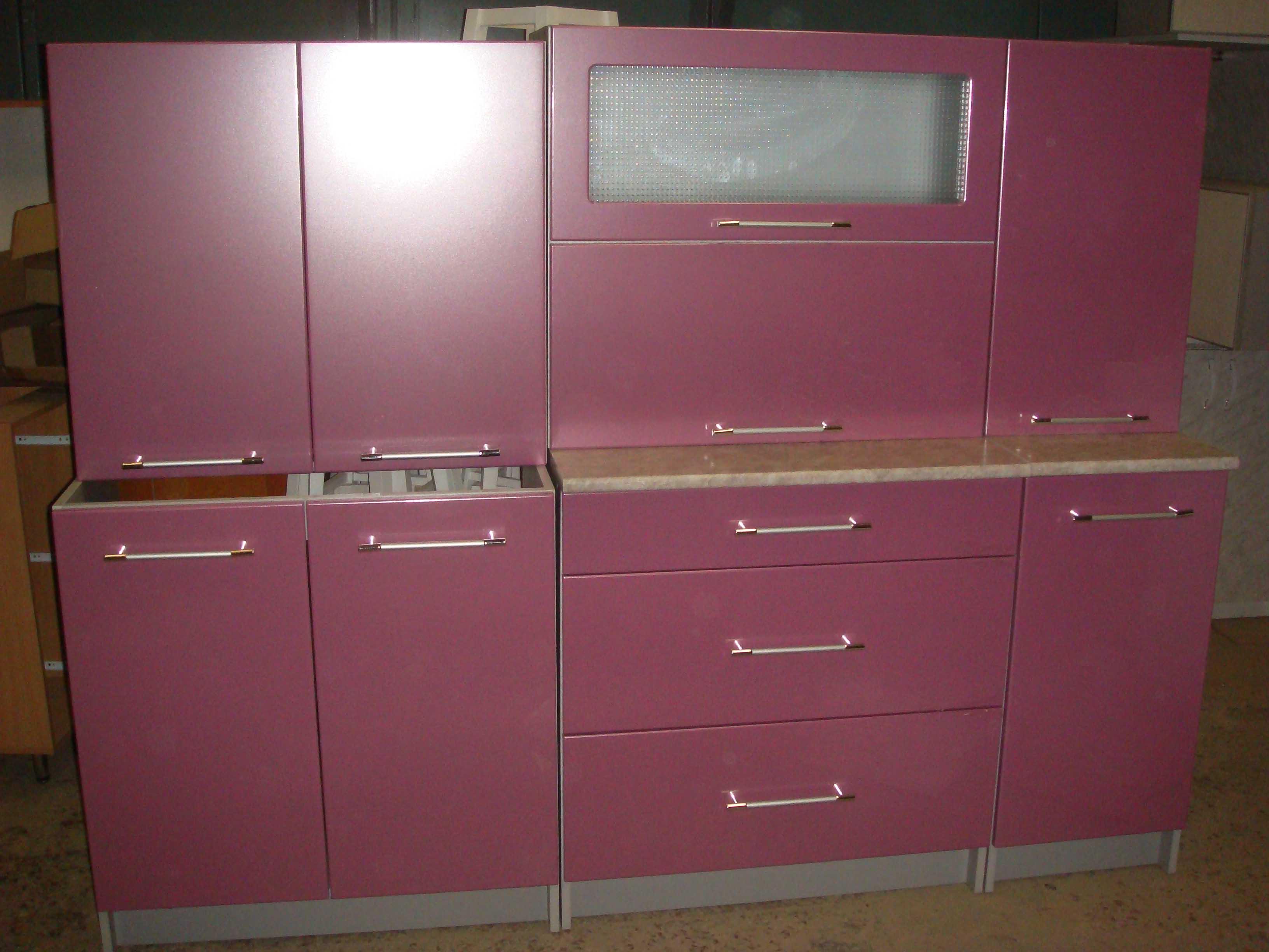мебель для спальни с угловым шкафом и навесными шкафами